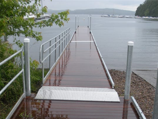 2008 - Mallet's Bay Access dock.jpg