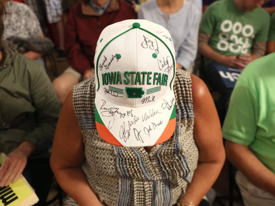 A supporter of Ohio Gov. John Kasich wears a hat with