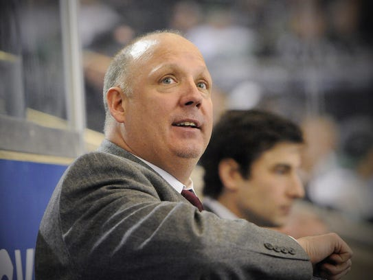 St. Cloud State head coach Bob Motzko is pictured on