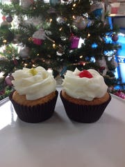 Missy's Cupcake Creations in Oxnard is offering photos with Santa to go with its festive cupcakes.