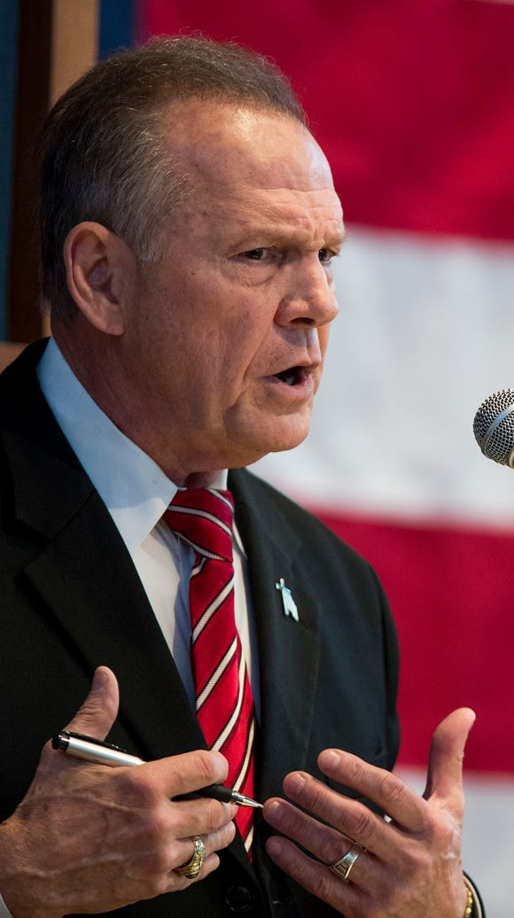 Roy Moore debates Luther Strange for the Republican
