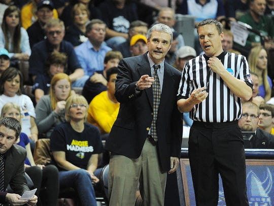 Tom Billeter has 305 wins in 16 seasons as Augustana's head coach.