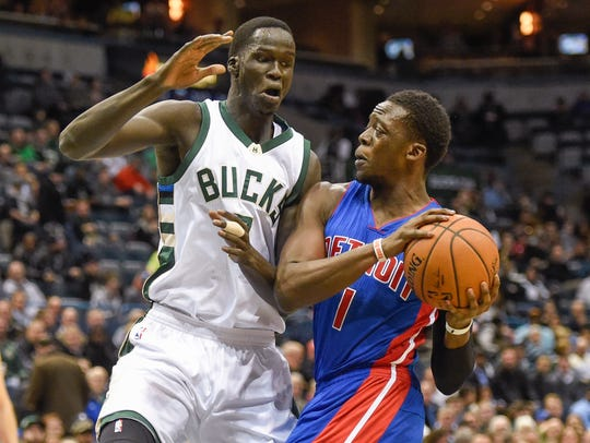 Pistons guard Reggie Jackson (1) drives for the basket