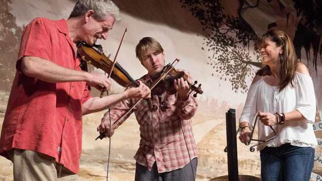 Les Ferrailles,which includes Jonno Frishberg, Chris Segura and Yvette Landry, play the Bach Lunch opener Friday.