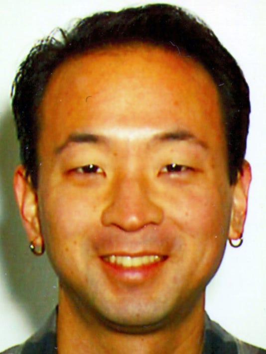 KRT MUG SLUGGED: KUMASHIRO KRT PHOTOGRAPH COURTESY PROGRESSIVE MEDIA PROJECT (January 30) Kevin K. Kumashiro is a columnist for the Progressive Media Project. (KRT) PL KD 2001 (Vert) (gsb)
