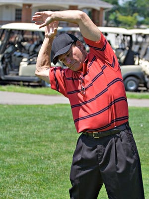Golfers should do proper exercises and stretching to prepare to play.