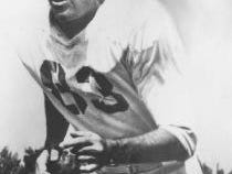 """Carlton """"Stretch"""" Elliott was a Laurel High School star in the 1930s who went on to play for the Green Bay Packers."""