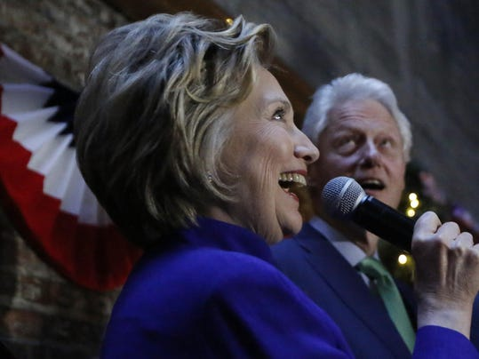 Clinton Offers Donors Their Own 39 Woman Card 39