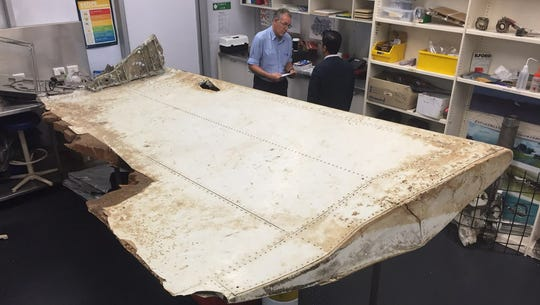 Malaysia Airlines Flight 370: Search director disagrees with pilot ditch theory