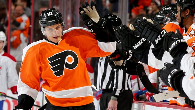 Brayden Schenn avoided arbitration and signed a four-year contract Monday.
