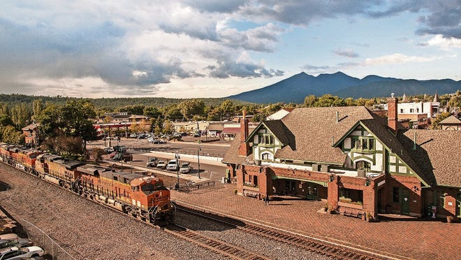 The Flagstaff Visitor Center is located in the historic, Tudorstyle, restored brick and stucco railroad station in the heart of downtown.