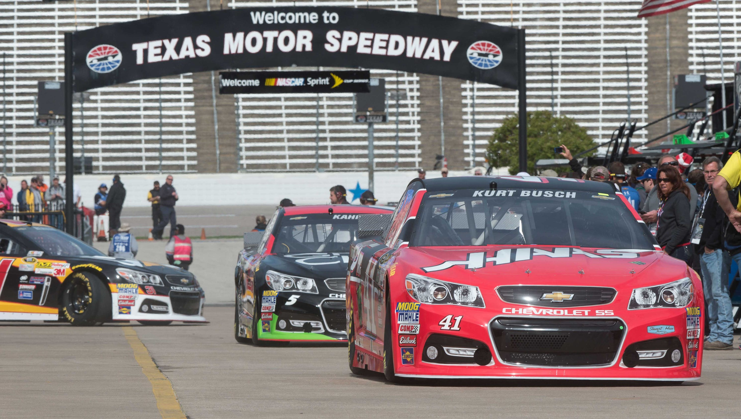 What time does the 2018 nascar cup race at texas start for Apartments near texas motor speedway