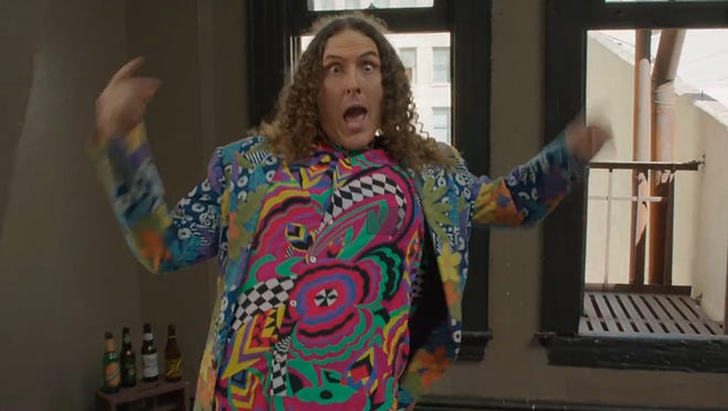 "Weird Al in the video for ""Tacky."""