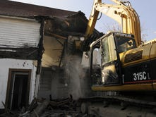 Ohio cities target vacant houses, crime havens
