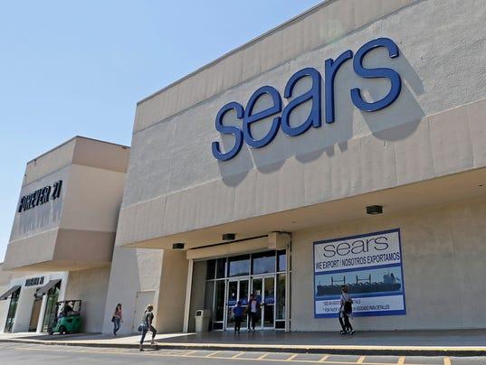 636338336674528932-AP-Earns-Sears-Holdings-FLAD.jpg