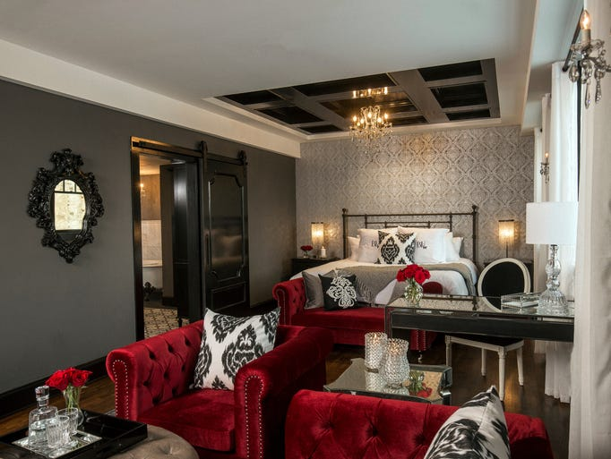 take a tour of the pioneer woman 39 s new cowboy luxury hotel. Black Bedroom Furniture Sets. Home Design Ideas