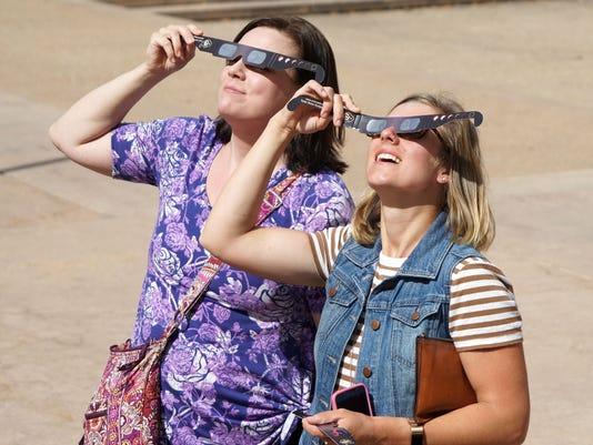 636384327557683655-eclipseglasses-Trevor-Hughes-1358.JPG