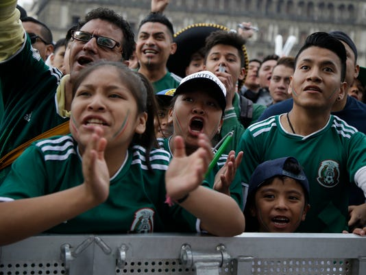 Mexico_WCup_Soccer_70098.jpg