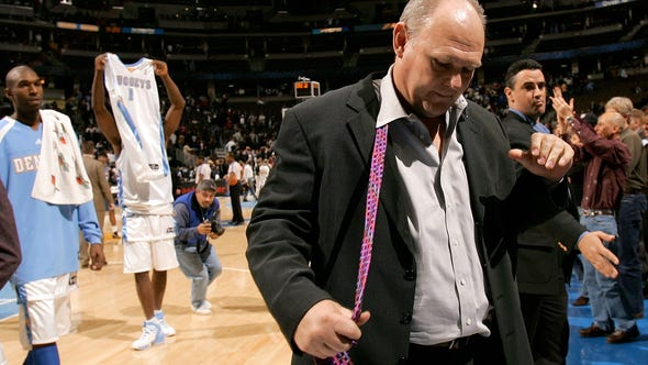 DENVER - DECEMBER 18:  Head coach George Karl of the