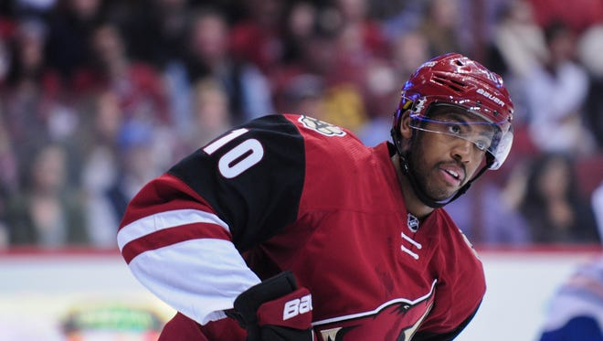 Arizona Coyotes left wing Anthony Duclair (10) during the second period against the Edmonton Oilers at Gila River Arena.