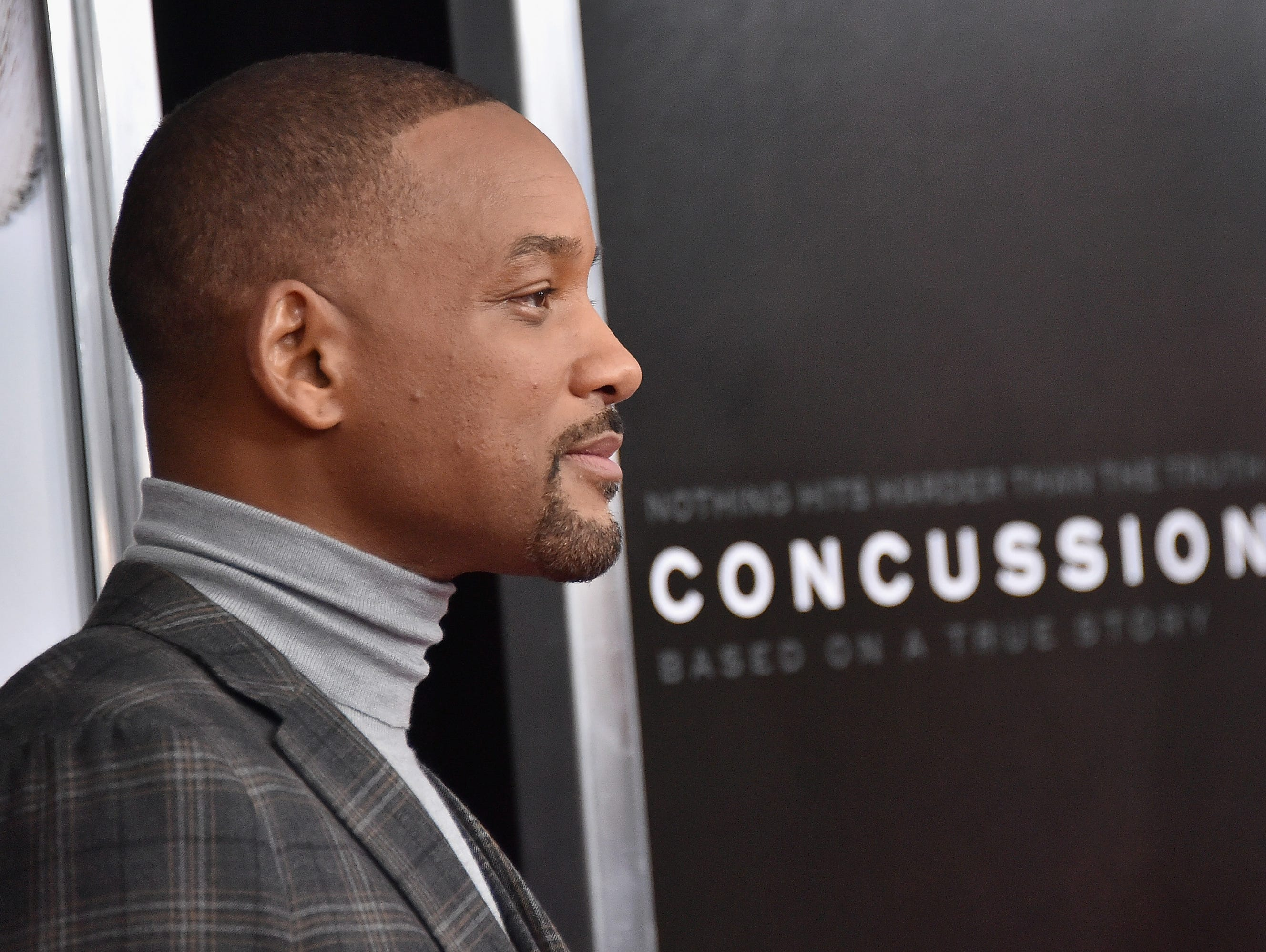 """501686900.jpg NEW YORK, NY - DECEMBER 16: Actor Will Smith attends the """"Concussion"""" New York Premiere at AMC Loews Lincoln Square on December 16, 2015 in New York City. (Photo by Mike Coppola/Getty Images)"""