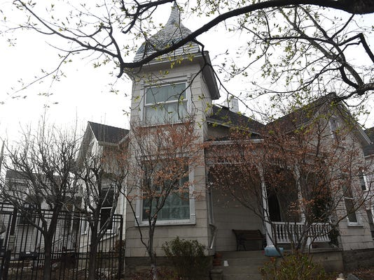 Unr Decides Fate Of Historic Houses After Battle With Preservationists