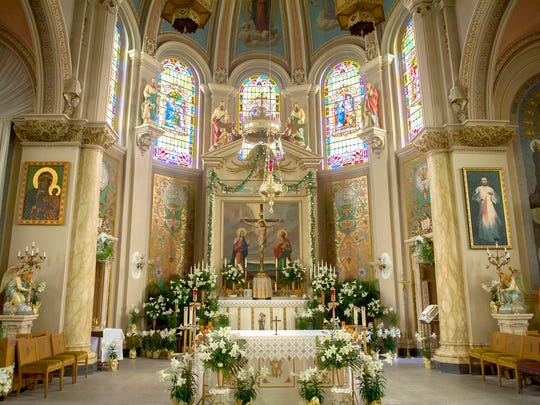 Our Lady of the Scapular in Wyandotte hosts the Mass