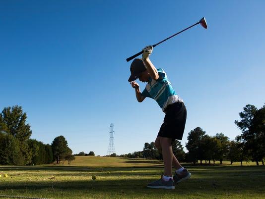 636428099420802805-JM.golf.100617001.jpg
