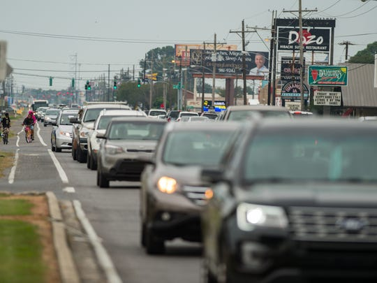 Heavy traffic puts eyeballs on businesses, developers say.