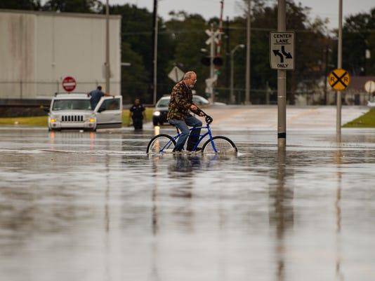 636451607801393565-Heavy.Rain.Flood.11.1.17-3136.jpg