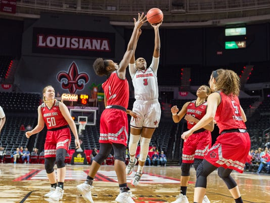 636555328087409669-Cajuns.Arkansas.Women.Basketball-03.01-5623.jpg