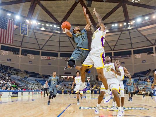 636559709322912944-Carencro.Westgate.state.basketball-1615.jpg