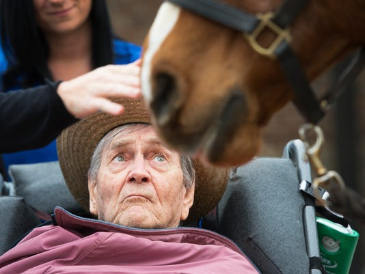 636578216590621175-LP-hospice-horse-032718-002.JPG