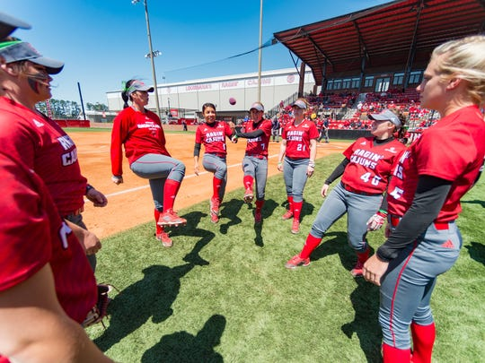 Louisiana Ragin Cajuns softball take on Texas State. Sunday, April 15, 2018.