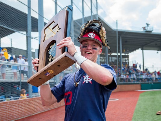 636617464859751349-TCH.Uhigh.State.finals.baseball.05.12-7205.jpg