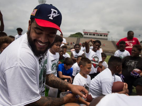 Derek Barnett, a Nashville native and defensive end for the Super Bowl champion Philadelphia Eagles, held his first football camp Saturday at Overton High School.