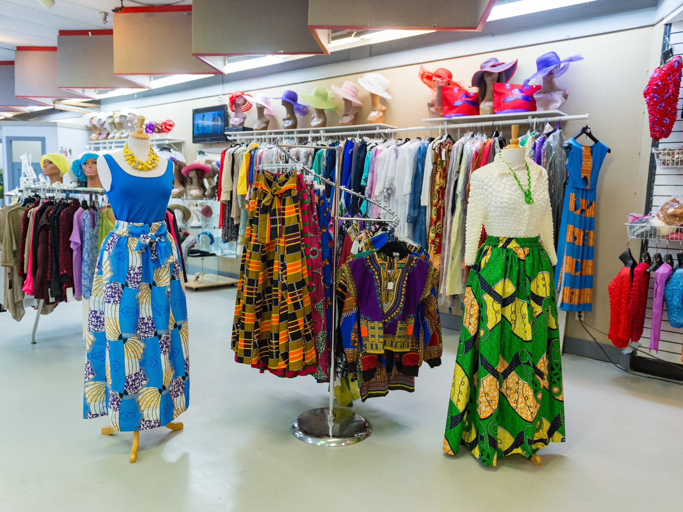 Lo's Boutique carries a variety of upscale clothing and accessories.