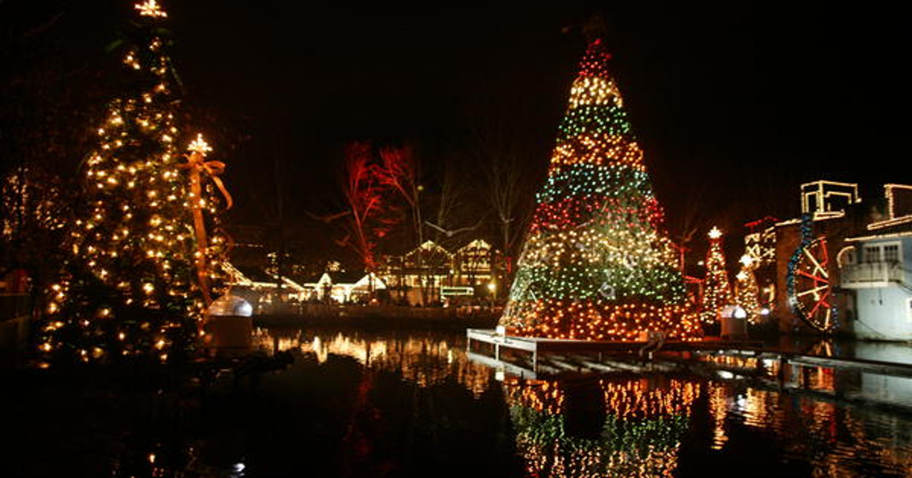 six places to see christmas light displays in east tennessee