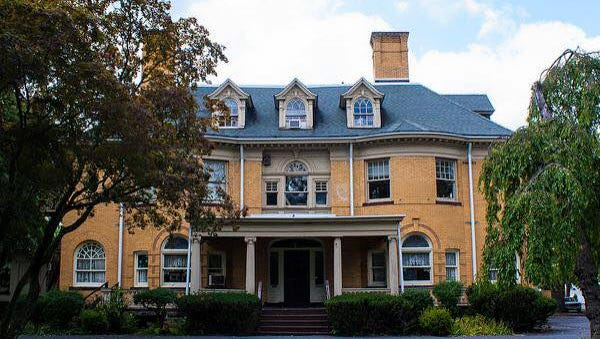 The duCret School of Art at 1030 Central Ave. in Plainfield will be the first stop on the tour of historic homes on Saturday, Dec. 1. It will also have a holiday boutique and a cafe.