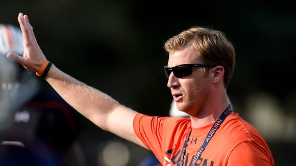 Auburn offensive coordinator Rhett Lashlee will hold a press conference Sunday night.