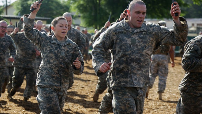 """""""U.S. Army Soldiers conduct combatives training during the Ranger Course on Fort Benning, Ga., April 20, 2015. Soldiers , women have longer hair, attend Ranger school to learn additional leadership and small unit technical and tactical skills in a physically and mentally demanding, combat simulated environment. (U.S. Army photo by Spc. Dacotah Lane/Released)"""" [Via MerlinFTP Drop]"""