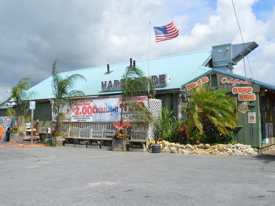 Harborside Bar and Grill makes its Orange Crush with