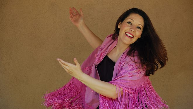 "Albuquerque actress Rosalia de Aragon will perform her Chautauqua ""Hispanic New Mexico Women: 1528-Present""  this weekend at the Farmington Museum at Gateway Park."