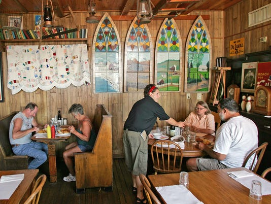 Breitbach's Country Dining