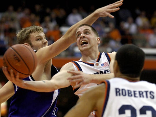 Eric Devendorf, shown here as a Syracuse sophomore, missed his junior season with a torn ACL and redshirted.