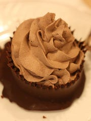 Step 8~ Pipe chocolate mousse into chocolate cups