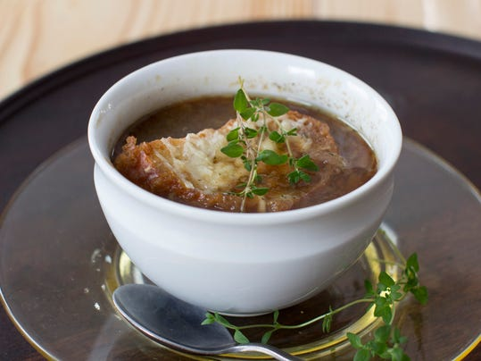 Food Healthy Slow Cooker Onion Soup (2)