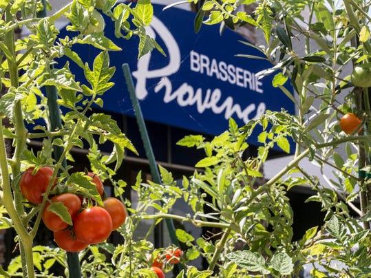 CooksCorner(BrasserieProvence)0917-PEARL+01.jpg