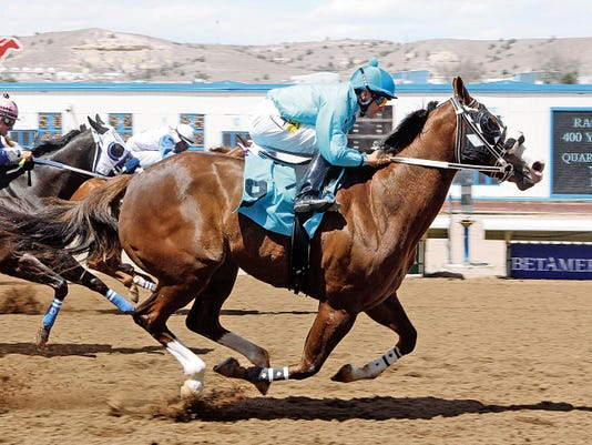 Alis Jumpn, shown here winning the La Plata Stakes last year under Martin Bourdieu, is likely to be one of the favorites this Sunday when she looks to defend her title in the 400-yard dash.