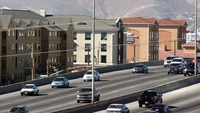 Several El Paso hotels are located along Interstate 10, between Geronimo and Airway.